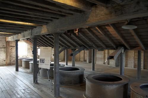 Original stone mills