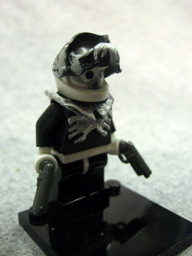 Space Pirate Deathdealer custom minifig