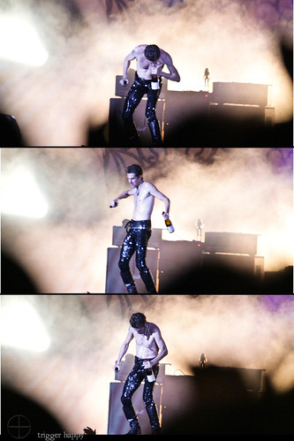 perry farrell drinking sequence