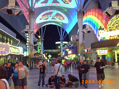 Fremont Street Experience 0609 (sjipp) Tags: lasvegas lightdisplay fremontstreetexperience downtownlasvegas summerof1969