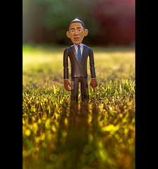"US President Barack Obama Says ""Why Do I Cast Such A Long Shadow?"" (Komatoes) Tags: 50mm us nikon bokeh president explore 80 obama barackobama barack d40 uspresidentbarackobama"
