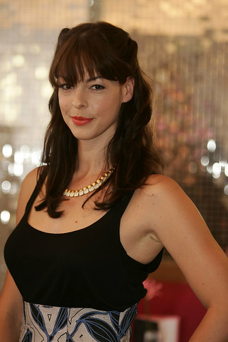 Pollyanna Mcintosh - Wallpaper Gallery