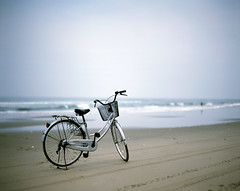 Bicycle in beach (cocoip) Tags: ocean sea film beach bicycle mediumformat fishing   provia100f  ndfilter   rdpiii  pentax67ii hasakibeach gtx970 100f nd  smcp105mm