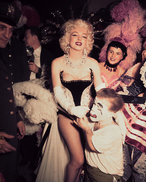 Marilyn Monroe at the Madison Square Gardens Circus, March 30, 1955