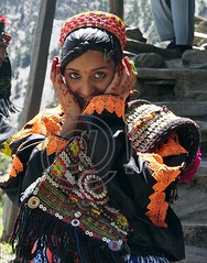 Kalash Girl during the Joshi Spring Festival (Karrar Haidri) Tags: pakistan karakoram himalaya kalash chitral hindukush tirichmir
