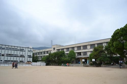 夙川小学校東館
