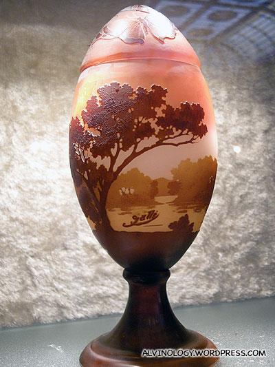Beautfully carved egg