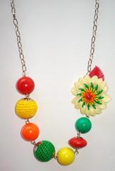 Cheiro a primavera (*formiguinha*) Tags: flores primavera vintage colares bijuterias