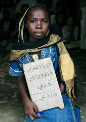 Pupil girl in a Madrasah, Mikindani, Tanzani (Eric Lafforgue) Tags: africa girl tanzania veiled veil madrasah muslim islam ramadan madrassa voile p