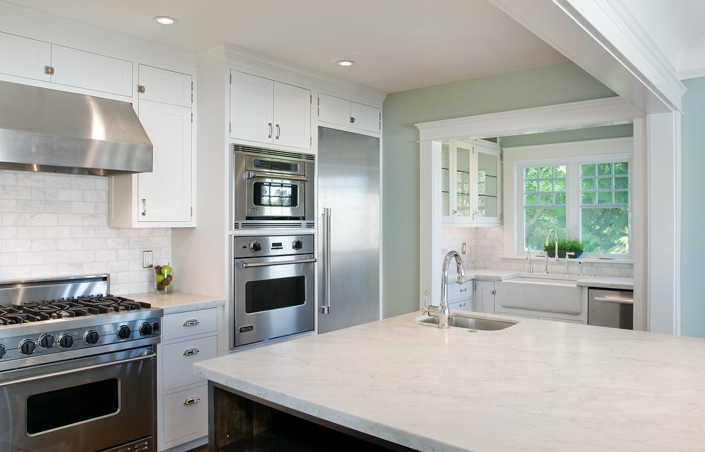Laurelhurst Kitchen - Renovated by Lakeville Homes
