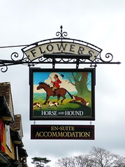 Broadway,  Worcestershire (cherington) Tags: uk flowers england broadway worcestershire pubsigns socialhistory innsigns panasoniclumixdmctz3 pictorialsigns traditionalpubsigns englishpubsigns