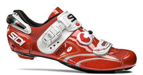 red cycling shoes carbon sidi vernice ergo2