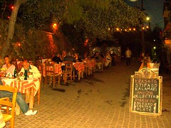 dining al fresco venetian harbour old port hania chania
