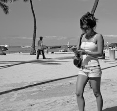 Sunny Day (dc.roake) Tags: beach hawaii sand waikiki oahu honolulu blackwhitephotos dcroake