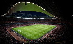 Emirates Stadium (Jamie Long*) Tags: london football wideangle manutd 31 arsenal manchesterunited championsleague emiratesstadium arsenalfc sigma1020mm canon450d championsleaguesemifinal