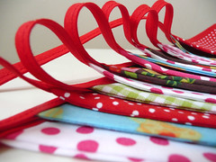 Handmade Bunting 11.5 feet/ 3.5 meters long Red summer (Bunbunboutique) Tags: handmade banner garland cotton header streamer bunting pennants slinger vlaggetjes