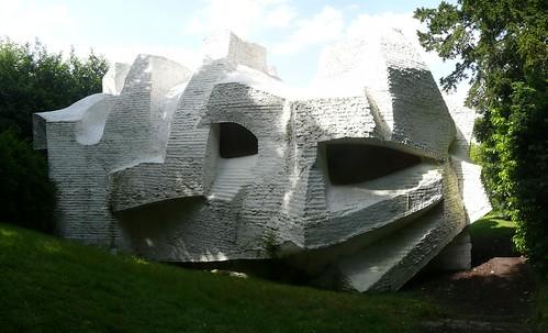 André Bloc - Sculpture-habitacle n°2, 1964  - Meudon - France - workflo
