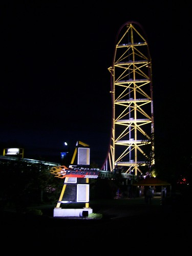 Cedar Point - Top Thrill Dragster at Night