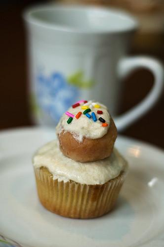 cupcake with mug