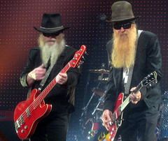 ZZ TOP, Brussels 2009 (ShakeFrog) Tags: top zz