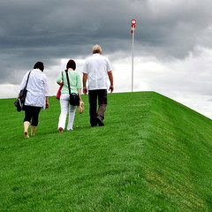 Ascent (christian.senger) Tags: park family sky people green grass clouds digital germany geotagged outdoors nikon shoes europe lawn frombelow explore ulm landesgartenschau windsock d300 nikoncapturenx2 christian_senger:year=2009 gettyvacation2010 osm:way=28783137