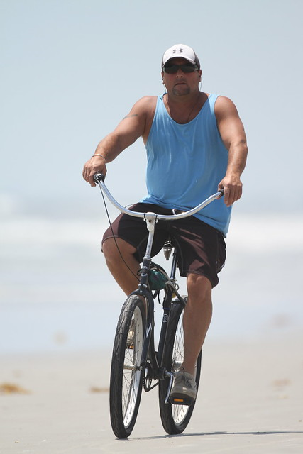 Beach cyclist taken with 500mm