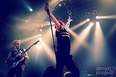 My Chemical Romance @ LV H.O.B. (Devan Mickell) Tags: show music rock drums concert punk lasvegas bass guitar live band may pop sing thestrip summertime helena 29 mandalaybay mikepedicone lv houseofblues mychemicalromance hob warnerbrothers gerardway frankieiero mcr may29 2011 killjoy mikeyway nanana keeprunning mcrmy threecheersforsweetrevenge imnotok raytoro dangerdays truelivesofthefabulouskilljoys worldcontaminationtour worldcontamination thekidsfromyesterday