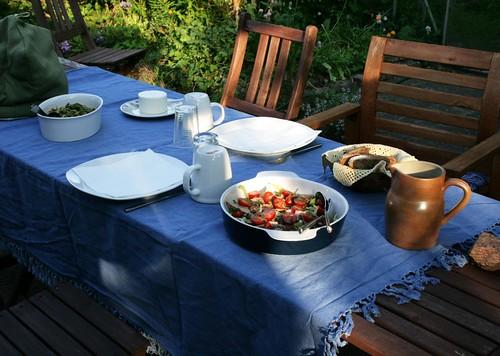 aftensmad på terrassen