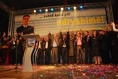 DSC_6412 (RufiOsmani) Tags: macedonia change albanian elections 2009 kombi osmani gostivar rufi shqip flamuri maqedoni gjuha rufiosmani zgjedhje ndryshime politike