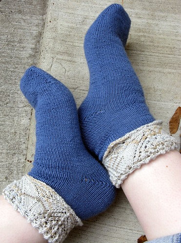 Ankle lace cuff socks