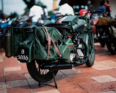 Military Antique (khai_nomore) Tags: slr classic 120 film mediumformat events negative kualalumpur classiccars bsa rm m20 wideopen pentax67 bokehlicious tasiktitiwangsa autaut kodakektacolorpro160s pentaxsmc105mmf24