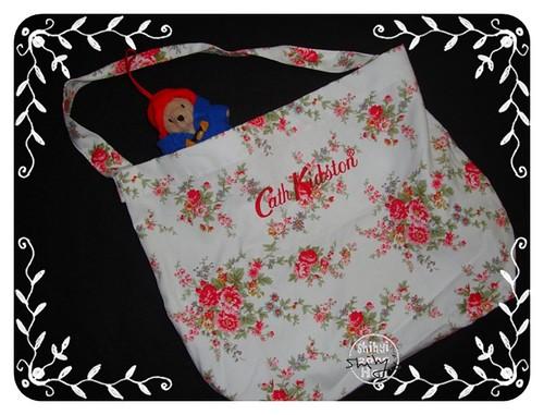 你拍攝的 20090322購物袋cath kidson。