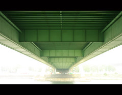 Under the Bridge (It's Stefan) Tags: bridge light mist green lines rio linhas misty fog architecture composition germany vanishingpoint haze agua aqua wasser geometry turquoise infinity  cologne kln rivire symmetry nrw colonia reno minimalism fluss rhine rhein gomtrie rheinland rin lignes  geometria lneas linien  klle  rhin unendlichkeit fluchtpunkt explored infinit expolore infinidad  infinit  flusso      stefanhoechst stefanhchst stefanhoechst