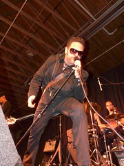 Paul Mahos and New Life Crisis (urbanshoregirl) Tags: life charity new 2 hat neck paul kentucky country may nj monmouth colts fundraising gala 2009 derby crisis jdrf diabetes mahos juvenilediabetes