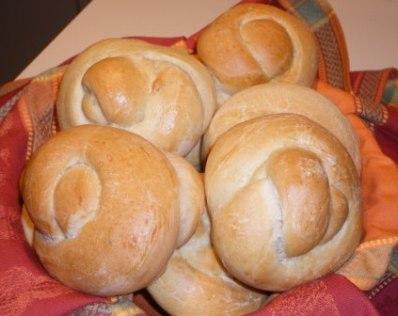 Ilvas Knot Bread