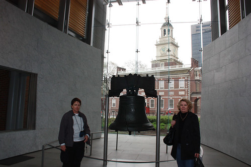 Pauline, the Liberty Bell and Mum with Independence Hall in the background