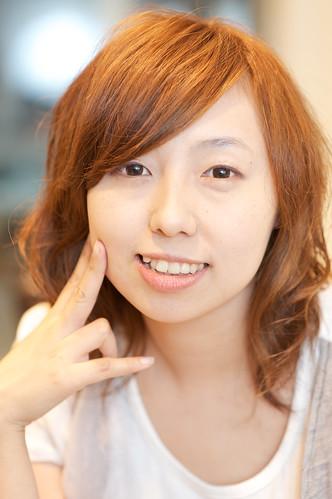 【女生髮型】甜美知性的微捲造型