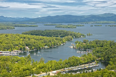 Lake Winnipesaukee, NH (Aerial photo) (ConstantineD) Tags: lake flying nikon flight d70s nh nikond70s aerial aerialphoto winnipesaukee lakewinnipesaukee 18200vr lpsky