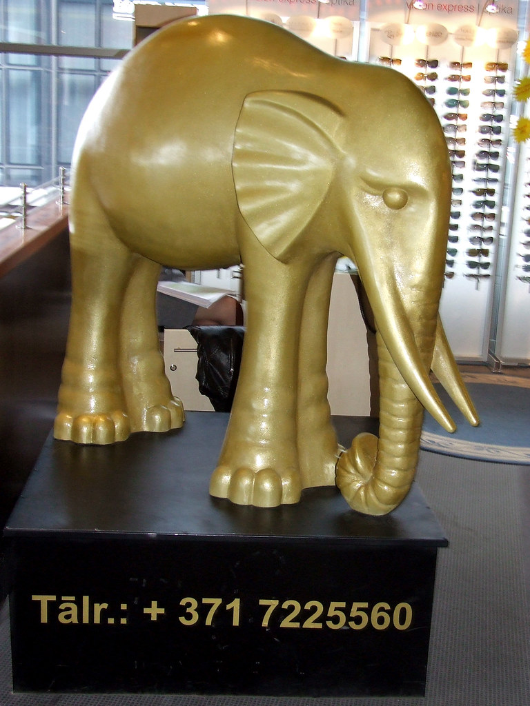 Greeting you at the airport - Elefant Hotel Riga
