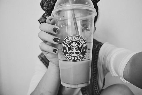 Starbucks by MicaelaLuisina