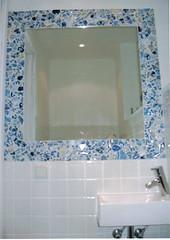Vaste toiletspiegel (sylcworks.nl) Tags: arnhem toilet opdracht chinees scherven aardewerk mozaek wastafel