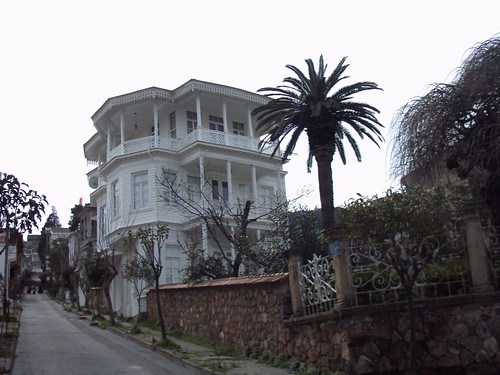 halki-house1