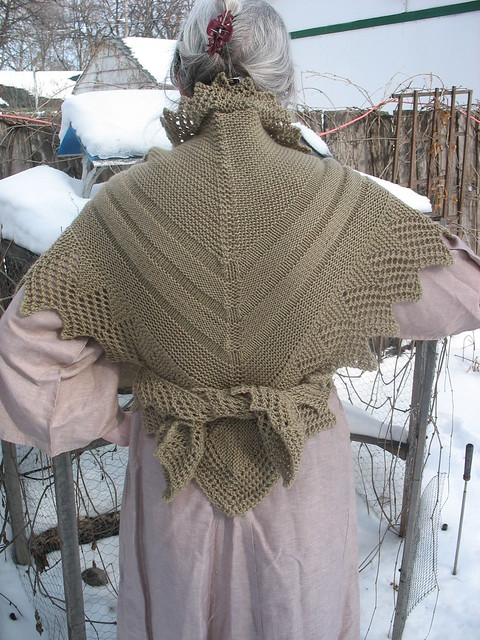 Outlander Adventures in the 18th Century Outlander lace shawl pattern Outlander Fashion Scarf Pattern