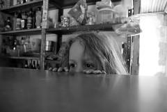 Mantenpolis/ES (Rato Diniz) Tags: brasil interior criana es menina infancia espritosanto maio infncia 2007 espiritosanto ratao rato cidadepequena anoi pequenacidade cidadedointerior mantenopolis mantenpolis maiode2007 revelandoosbrasis ratodiniz rataodiniz revelandoosbrasisanoi