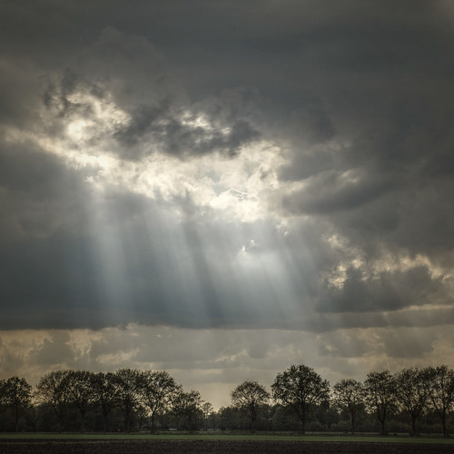 MyFirstHDR: it's raining sunrays