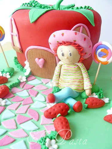 Strawberry Shortcake cake 2