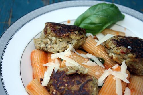 Meat-Free Fridays: Rigatoni with Cream Sauce and Eggplant Balls 3