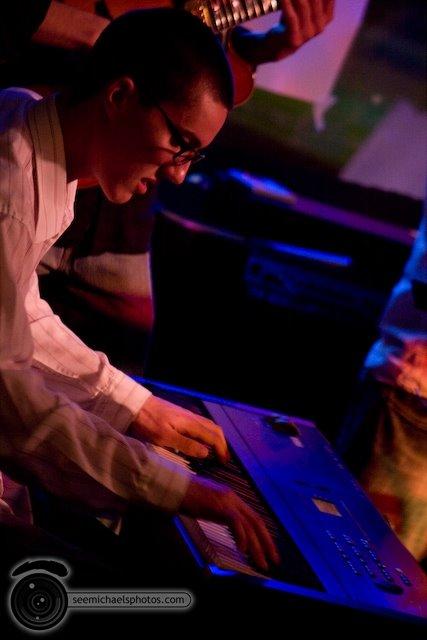 South Park Bar and Grill Jazz Jam 52809© Michael Klayman-025