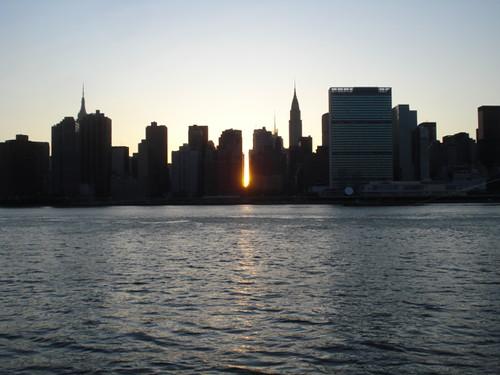 Manhattanhenge 2009!