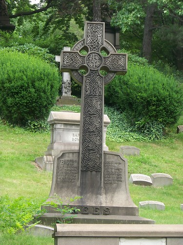 Lake View Cemetery Celtic Crosses A Grave Concern